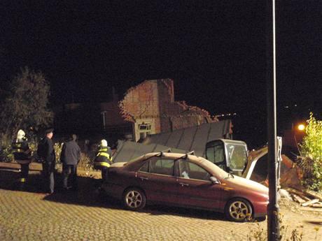 Zřícený baťovský domek v ulici Pod zozhlednou ve Zlíně.