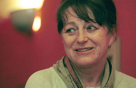Básnířka a překladatelka Viola Fischerová prohrála boj s rakovinou.