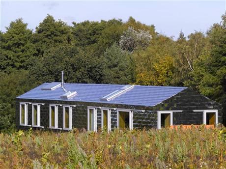 Dům v anglickém hrabství Suffolk stojí na pozemku, který je součástí přírodní rezervace, plné chráněných rostlinných a živočišných druhů