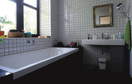 Denní světlo je i v koupelně