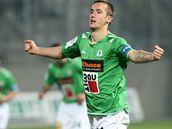 Jablonecký Tomáš Pekhart se raduje z gólu.