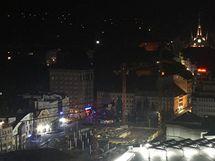 Centrum Liberce v okolí dopravního terminálu a nákupního centra My poté, co vědci nechali vypnout veřejné osvětlení.