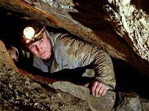 Petr Hipman (* 1940 + 1999), objevitel jeskynních systémů Krakove hole