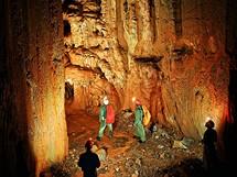 Jeskyně v Záskočí