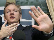 Julian Assange v Ženevě (4. listopadu 2010)