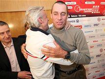 Björn Borg a Ivan Lendl (vpravo) na tiskové konferenci v Ostravě před exhibicí Advantage Tennis ve vítkovické ČEZ Aréně.