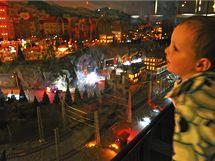 Simulace nočního provozu kolejiště