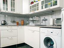 Do kuchyně se vešla i pračka