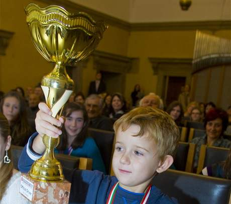 Šestiletý motokárový jezdec Patrik Arnošt  při ocenění nejmladších mladých sportovců Plzně