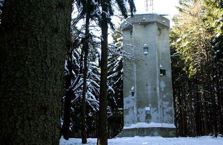Melechov. Zalesněný kopec u Ledče nad Sázavou symbolizoval za Rakouska-Uherska střed Evropy.