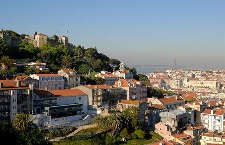 Lisabon. Pohled na hrad Castelo do Sao Jorge