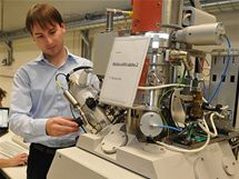 Americký výrobce mikroskopů FEI Company otevřel svůj nový výrobní podnik v brněnském Technologickém parku.