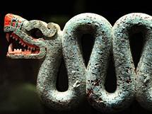 Britské muzeum. Slavný dvouhlavý had Aztéků