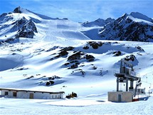 Pohled od horní stanice Gletscherexpress kvrcholu Hinterer Brunnenkogel
