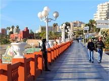Costa del Sol. Nábřežní promenáda ve Fuengirole