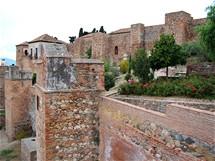Málaga, hradby pevnosti Alcazaba