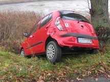 Srážka drezíny s autem na přejezdu u Ledkova
