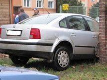 Těhotné řidičce se udělalo špatně a probourala zeď v Jaroměři
