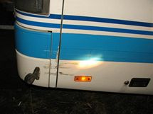 Autobus srazil u Sobotky řidiče odstaveného fordu