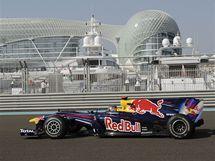 Mark Webber ze stáje Red Bull při tréninku v Abú Zabí.