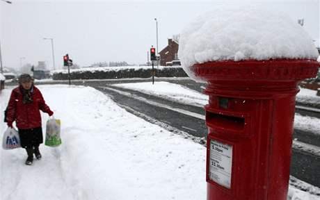 Sníh a mráz svírá už několik dní Velkou Británii. Na snímku město Gateshead (29. listopadu 2010)
