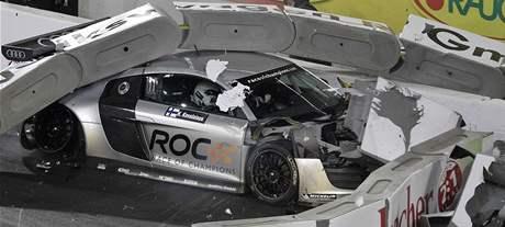 Havárie Fina Kovalainena s vozem Audi R8 při Závodě šampionů v Düsseldorfu