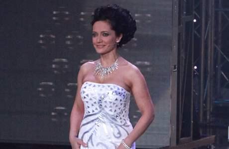 Lucie Bílá v show Česko Slovensko má talent (21.11. 2010)