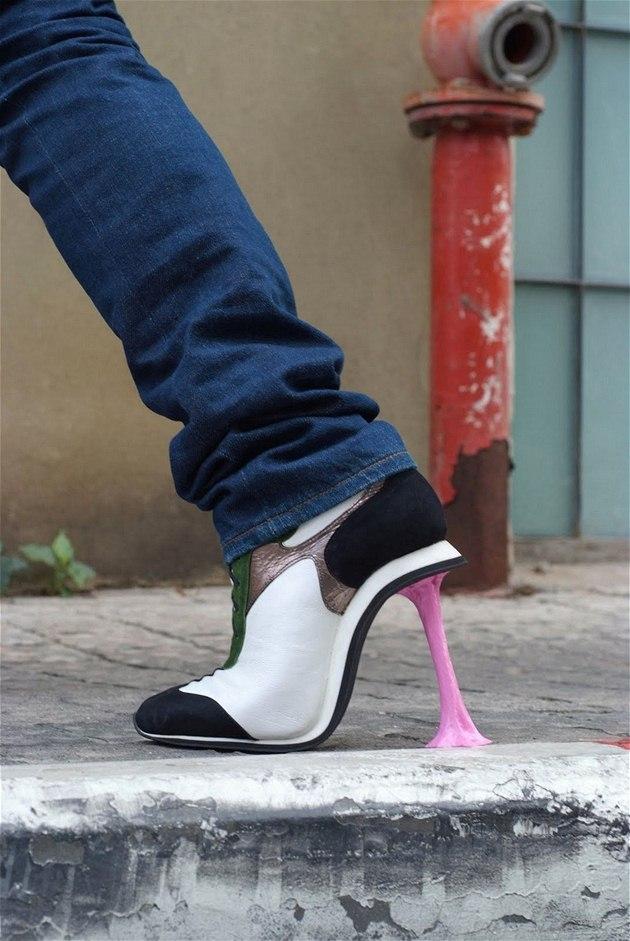 Extravagantní boty od Kobi Leviho - model Chewing gum