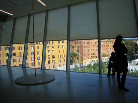Výhled z čela budovy