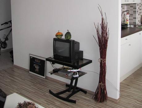 Obývací část je propojená s kuchyní