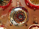 Výroba vánočních ozdob v podniku Irisa ve Vsetíně.