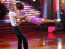 Jennifer Grey a Derek Hough při finálovém tanci