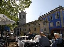 Pouliční kavárna v Sintře
