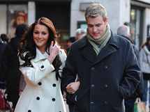 Dvojnice Kate Middletonové Kate Bevanová s dvojníkem prince Williama Markem Rattiganam