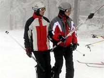 První letošní lyžování na Černé hoře na 300 metrů dlouhém vleku Anděl (27.11.2010)