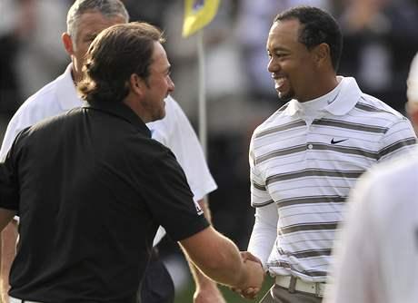 Graeme McDowell a Tiger Woods, Chevron World Challenge, 3. kolo