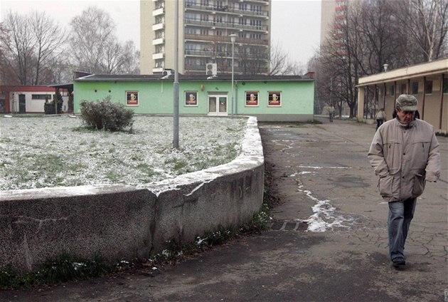 Sídli�t� v Ostrav� - Záb�ehu, odkud je raper, který s no�em zaúto�il na d�ti, i dal�í mladí rape�i.