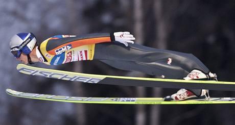 LETÍ PRO DALŠÍ VÍTĚZSTVÍ. Rakouský skokan na lyžích Thomas Morgenstern ovládl závody Světového poháru v Lillehammeru.