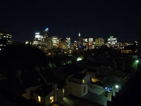 I pro tento pohled na nočí Sydney se námaha vyplatila. Majitelům se splnil sen, mají vlastní domek v blízkosti centra města