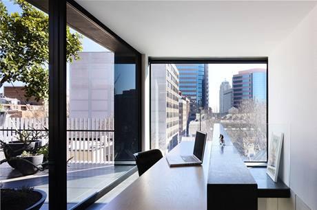 Zvláštní důraz kladl Domenic i na zasklení velkoplošných oken, aby minimalizoval případné tepelné ztráty