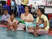 Na klinice Mae Tao se denně narodí sedm dětí