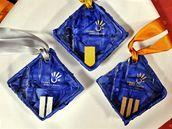 Medaile pro zimní olympiádu mládeže v Liberci.