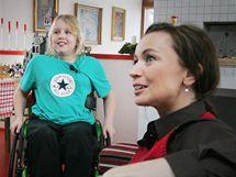 Desetiletý Ivan Nestával, který prodělal akutní diseminovanou encefalomyelitidu a je upoután na invalidní vozík.