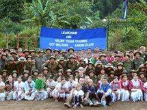 Free Burma Rangers právě vycvičili 13 nových týmů, které pomáhají v pohraničí