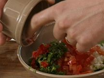 Přidejte chili papričku