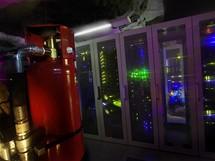 Serverov� racky a hasic� syst�m - datov� centrum Pionen