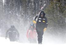 Organizátoři sjezdu mužů v Beaver Creeku marně bojovali proti silnému větru.