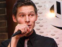 Začínající zpěvák Pavel Calta