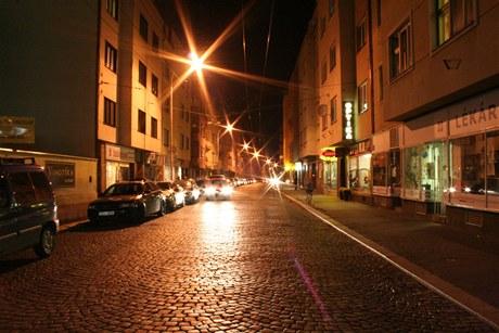 Původní osvětlení ve Sladkovského ulici v Pardubicích