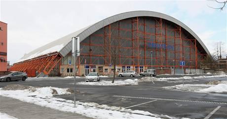 Příklad prostějovské industriální památky - zimní stadion.